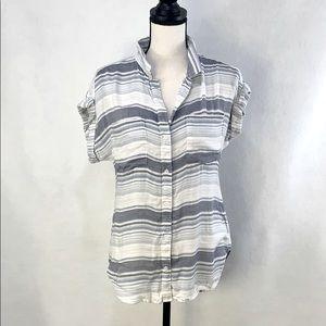 Cloth & Stone button up short sleeve shirt